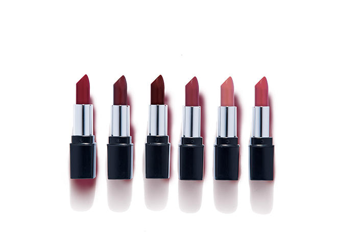 Colour Collection High Definition Iconic Matte Lipstick 4 g
